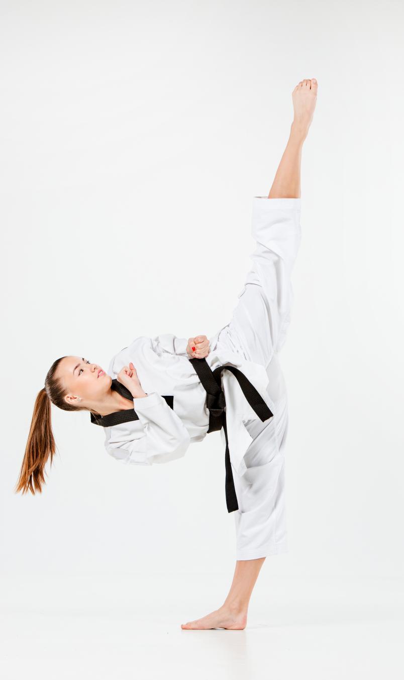 Taekwondo-girl-up-kick